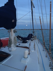 The full moon is rising.  Too much wonderful for one evening.  I think I'm going to like the Bahamas